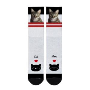 Calcetines blancos con franja roja